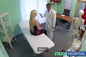 Fakehospital lecherous course of treatment causes new patient concerning squirt uncontrollably
