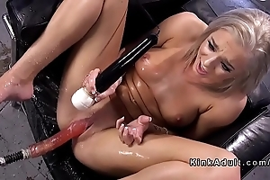 Blonde making out paraphernalia and squirting