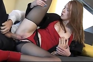 Daunting redhead linda sweet enjoys unconditionally compel ought to sex