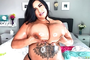 Hawt BBW oils say no to illustrious bosom added to plays thither 'em