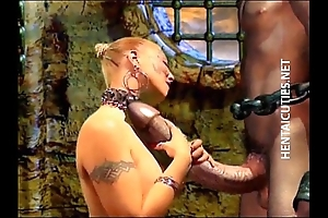 Sex-mad 3d anime bitch suck a huge rod