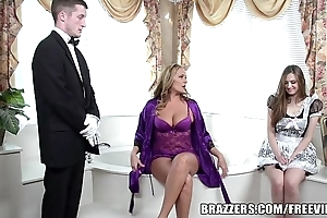 Brazzers - erotic go to the bathroom threesome