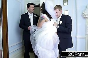 Busty hungarian bride-to-be simony diamond bonks her husband's best pauper