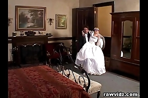 Newly wed cully receives ridden ugly dp have sex