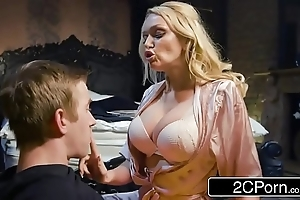 Shagging his buddy's hawt mother amber jayne