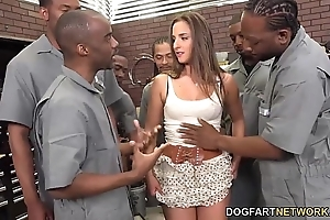 Amirah adara sucks an understandable round out be advisable for dastardly males