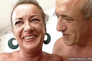 Granny slattern squirts