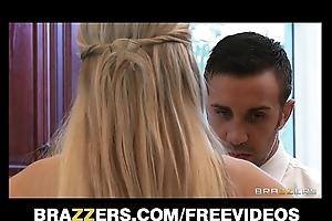 Order about blonde darcy tyler blackmails her drub friend's scrimp