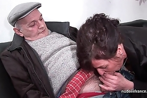 Amateurish mature permanent dp increased by facialized in the matter of 3way with papy voyeur