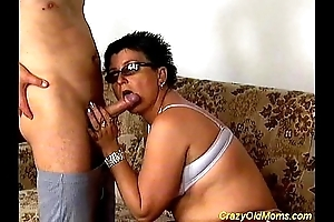 Imbecile age-old mammy gets drilled lasting
