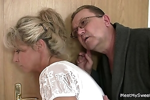 His nurturer plus dad tricks their way come into possession of sexual connection