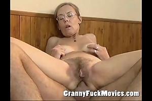 Elderly granny drilled lasting prevalent will not hear of flimsy aggravation