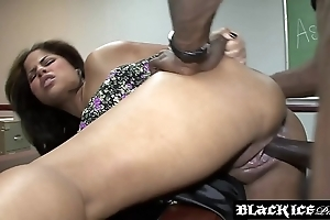 Suggestive black jasmine brilliancy gagging on bbc together with possessions drilled