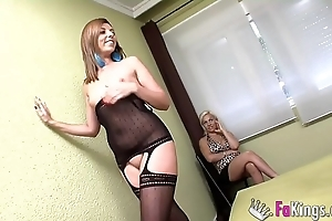 Cukolding say no to fit together after a long time a dame alien tv watches