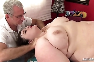 Sexy fatty sapphire rose acquires a lovemaking massage