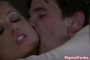 Kermis porn babe kayden kross facialized
