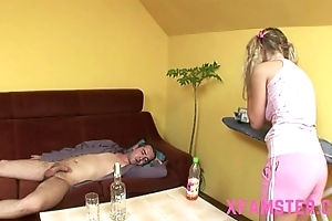 Horny youthful petite second-rate stepsister taking stepbros load of shit abysm down indiscretion & muff