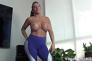 Perform my yoga pants turn u on?